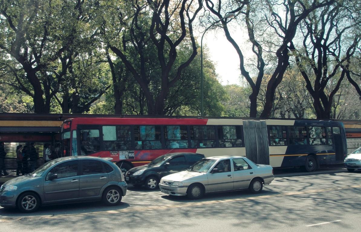 Bus Rapid Transit implementation at Juan B. Justo Avenue