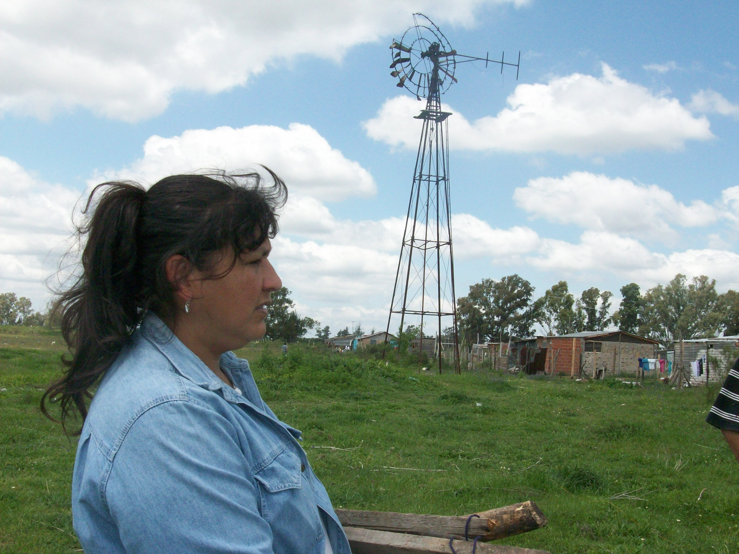 inhabitant of a precarious settlement buenos aires