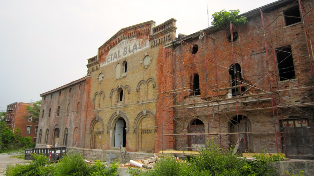 Front Facade of Jackson Brewery, future site of Grayscale
