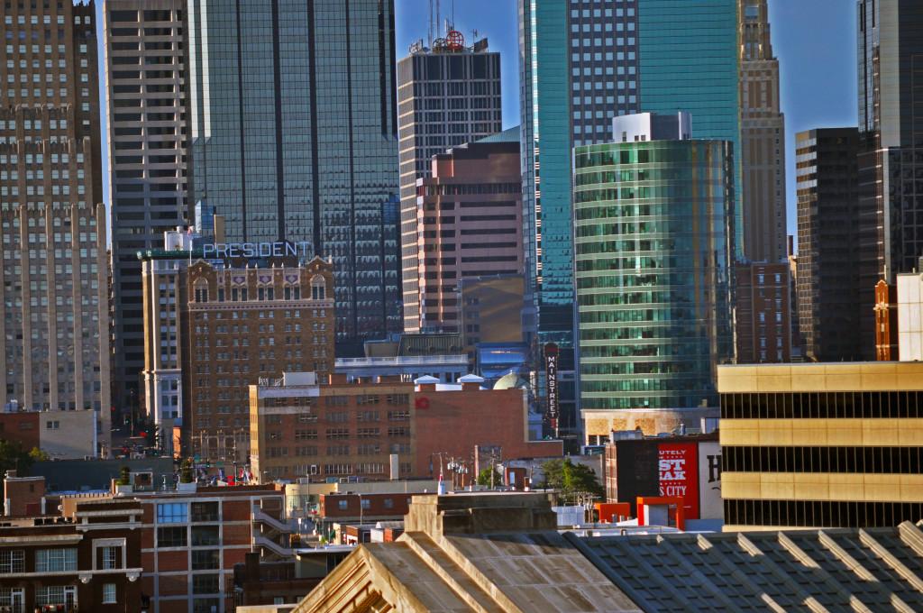 Skyline of downtown Kansas City, MO; photograph by Nathan Zoschke