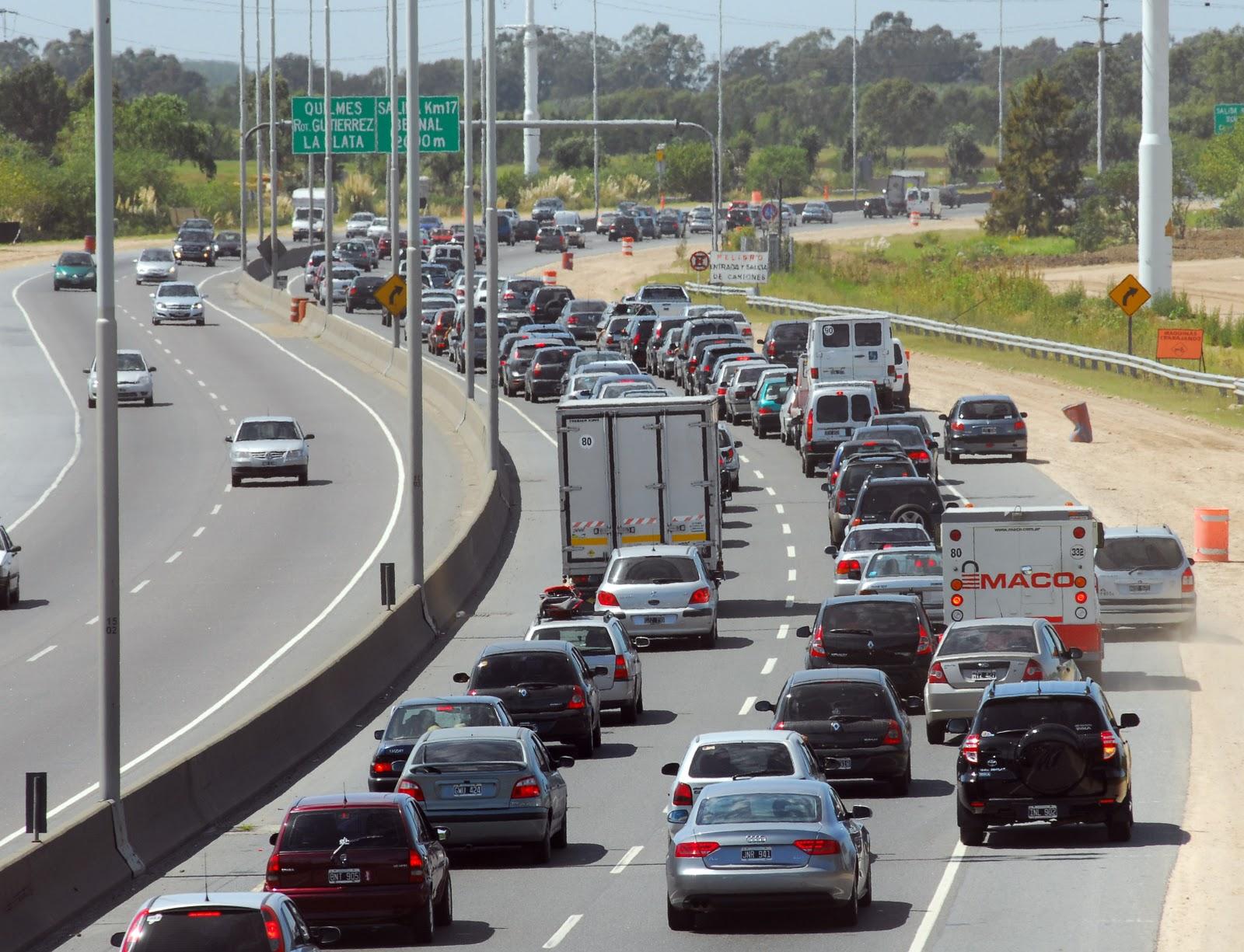 Autopista Buenos Aires-La Plata