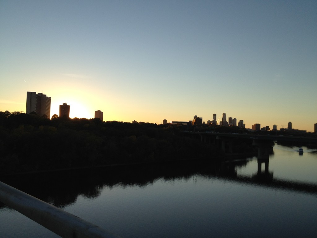 Minneapolis Skyline seen from Franklin Bridge