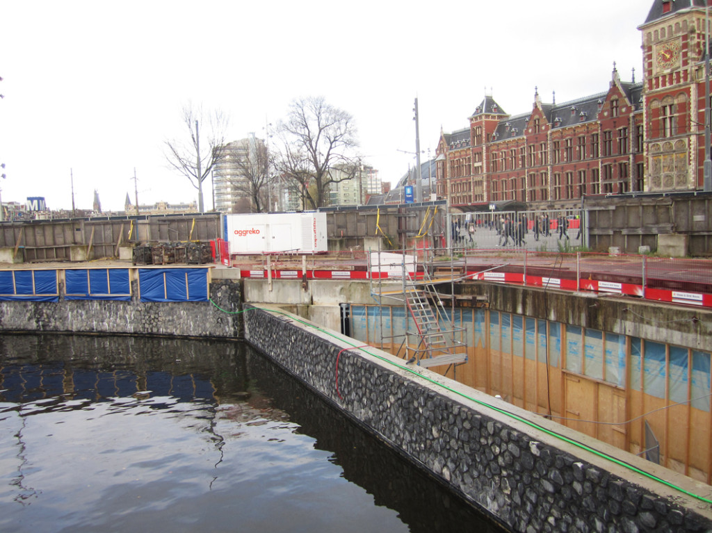 Open construction pit, Amsterdam