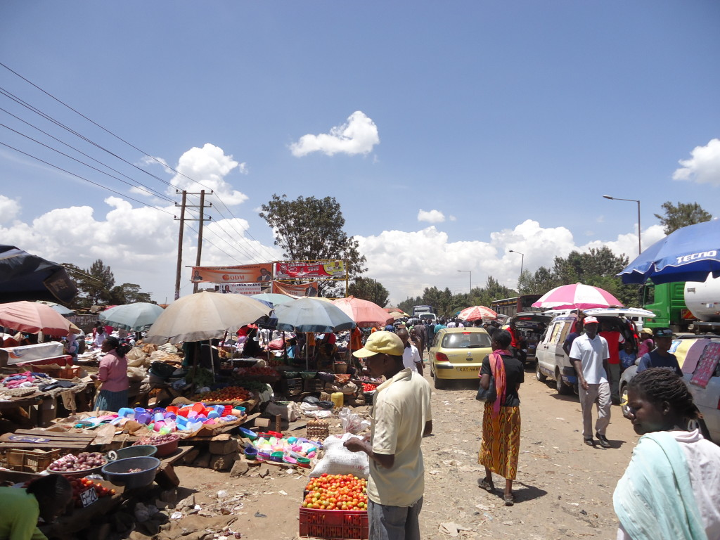Kangemi Market has grown beyond its borders, Nairobi, Kenya