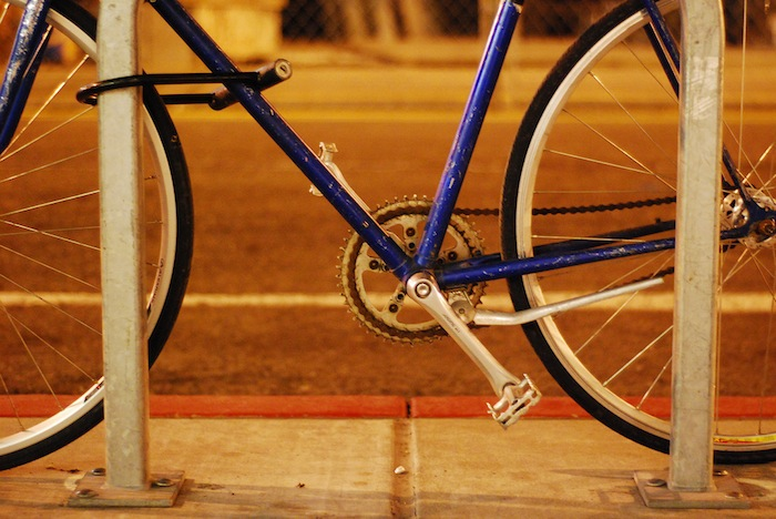 Bicycle pedals: a source of energy?