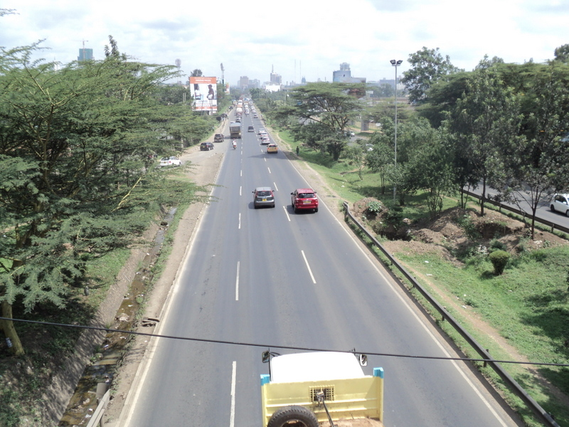 No room for additional lanes along the highway, Nairobi, Kenya