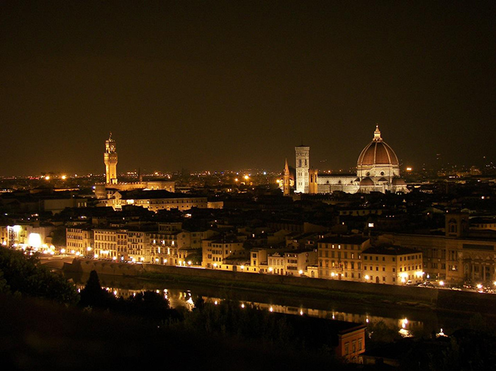 Night view of Florence, preparing for its 'Notte Bianca'