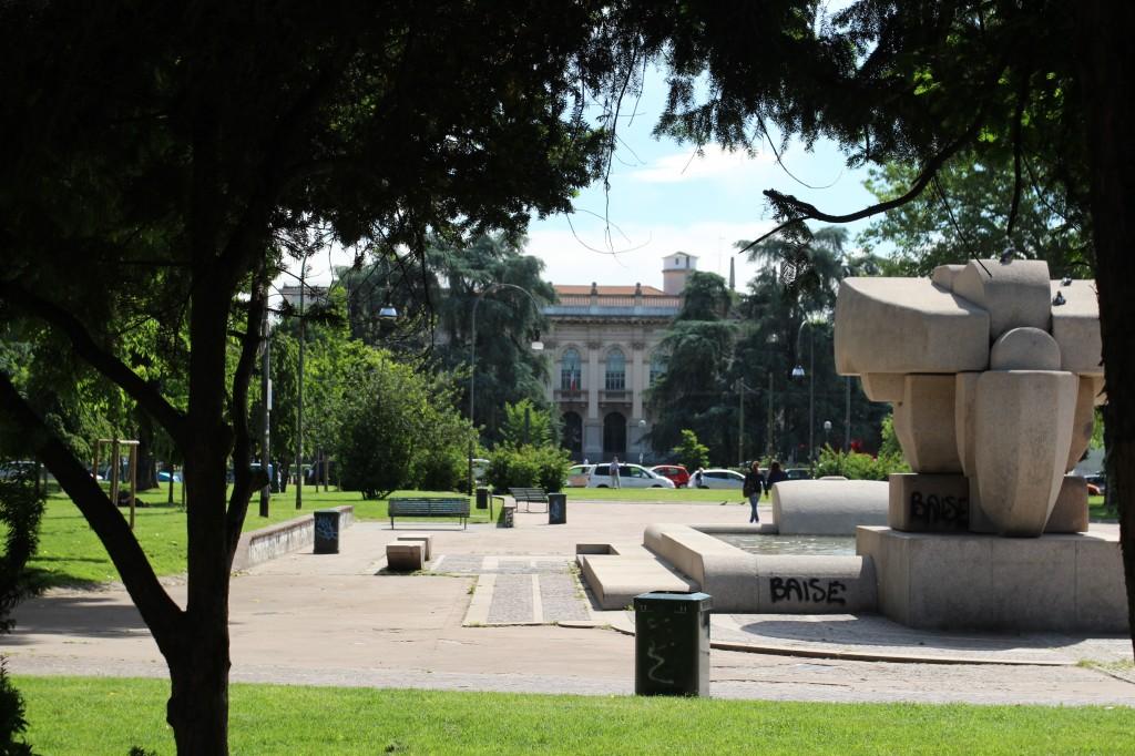 Citta Studi, Piazza Leonardo da Vinci, Mila, Italy