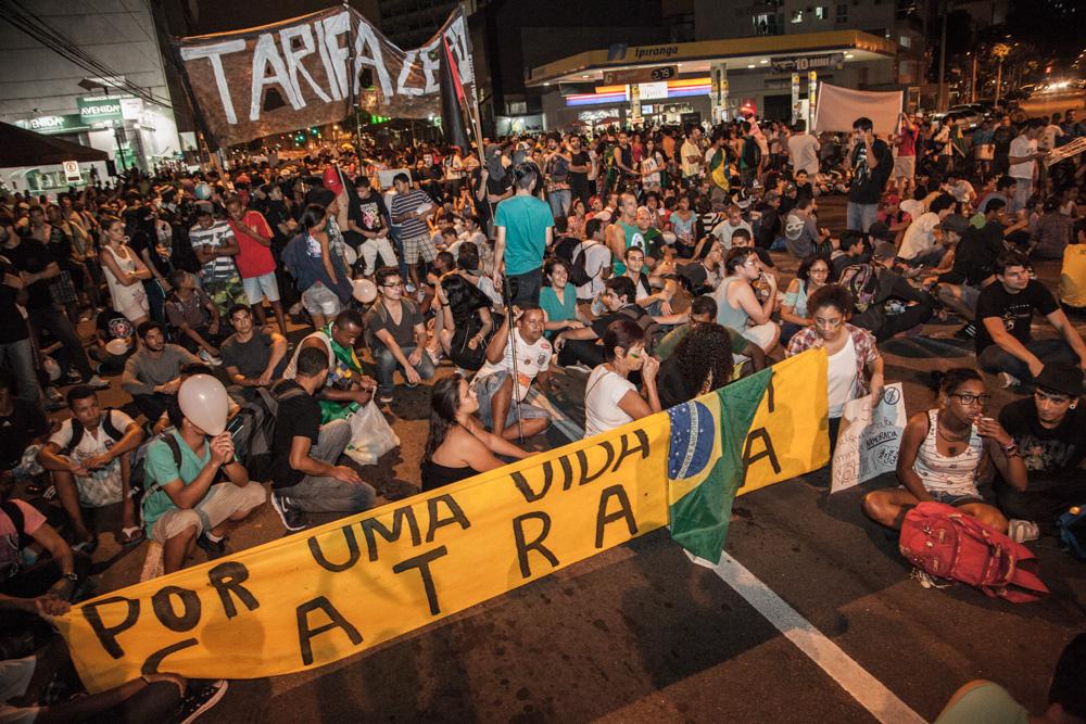 Terceiro Grande Ato - Não é por 20 centavos, Brazil