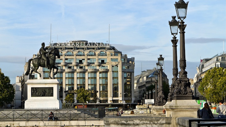La Samaritaine of Paris, France as viewed from a distance