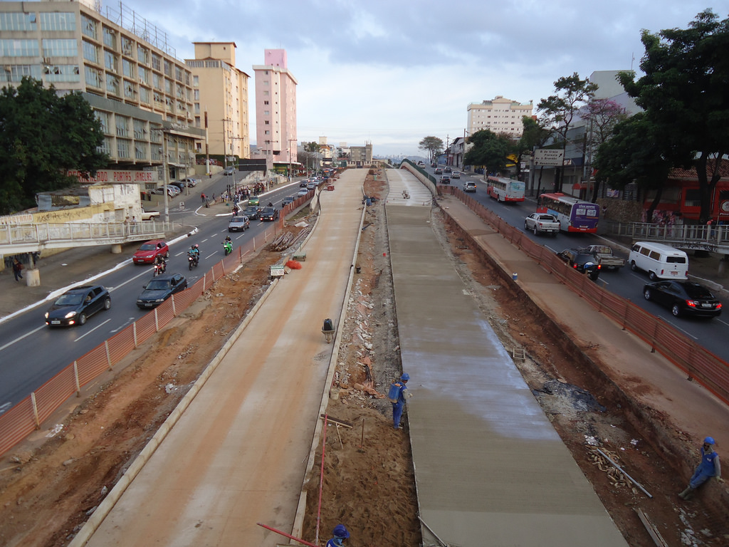 Construction of the Bus Rapid Transit in Belo Horizonte, Brazil