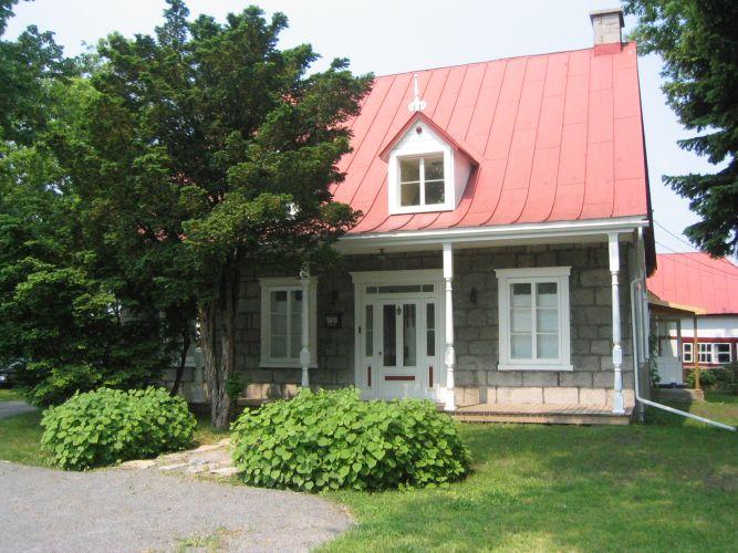 Maison Saint-Leonard, Montreal, Canada