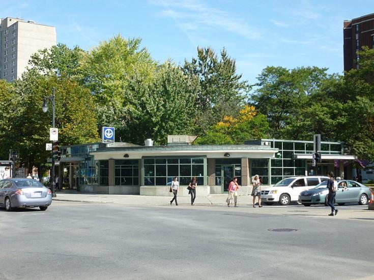 Montreal Atwater Metro Rue Sainte-Catherine Saint Catherine Street, Montreal, Canada