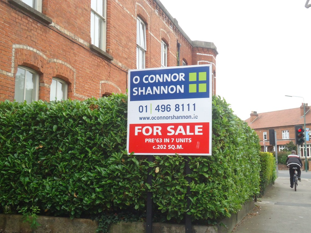 Pre'63 for sale sign, Dublin, Ireland