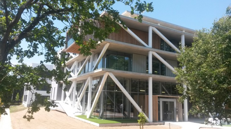 La nouvelle maison du bâtiment dans la Zac Armor, près de Nantes, a été conçu par l?agence, Nantes, Grance