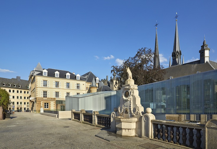 The newly added glass crosswalk of the Bierger-Center in Luxembourg City, Luxembourg. Credit: Christof Weber