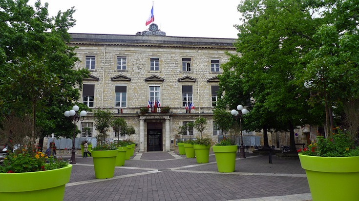 The Hôtel de Ville of Agen, France