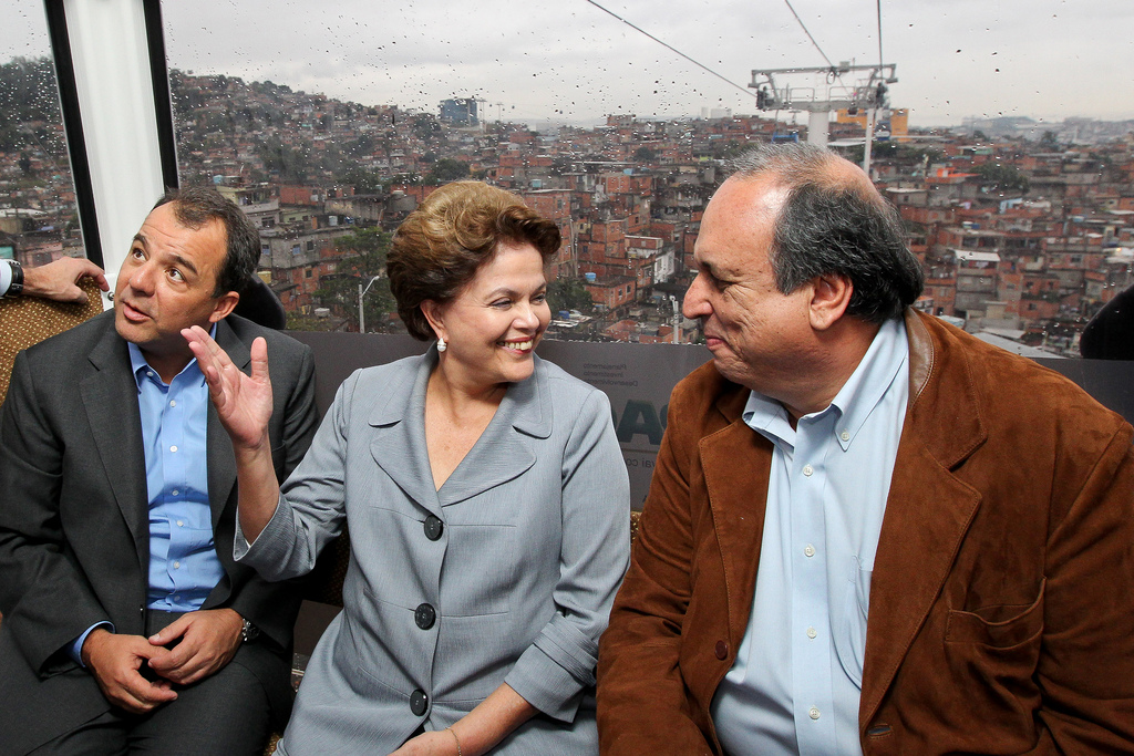 The Governor of the state of Rio de Janeiro with the current President of Brazil, Dilma Rouseff.
