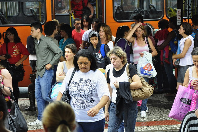 A view of users of the public transportation system in Brazil.