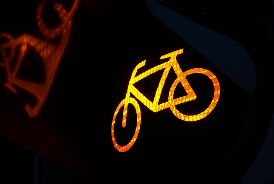 Traffic Lights Yellow Bike by TheConstructor