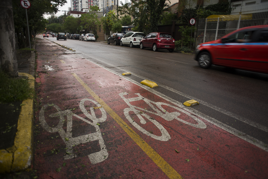An example of the bike paths in Porto Alegre, Brazil.