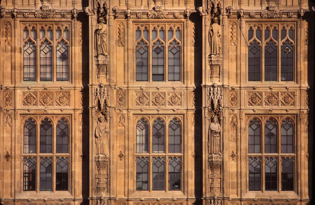 London parliament facade detail, Josullivan.59