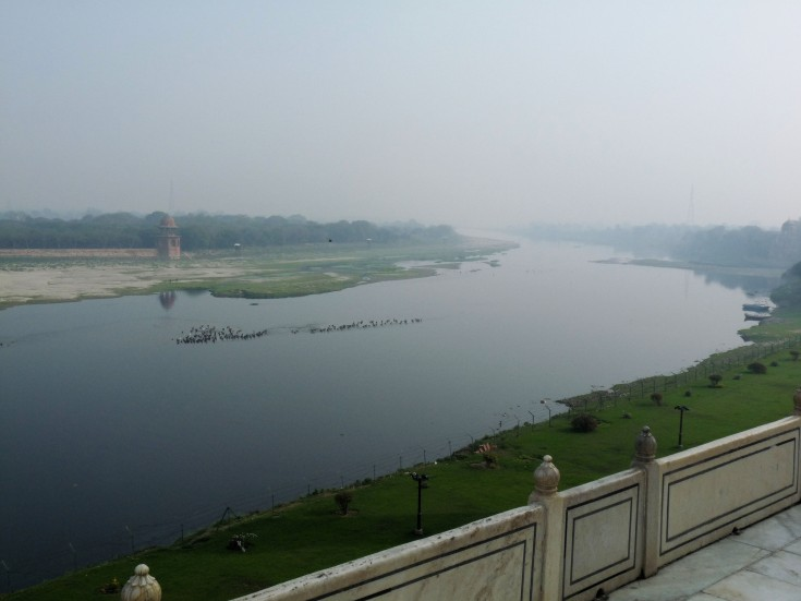 Image of the Yamuna river in Agra, Mumbai, India