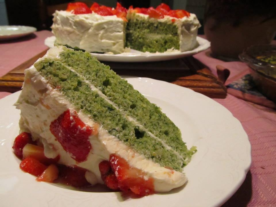 Picture of nettle cake made from forraged nettle