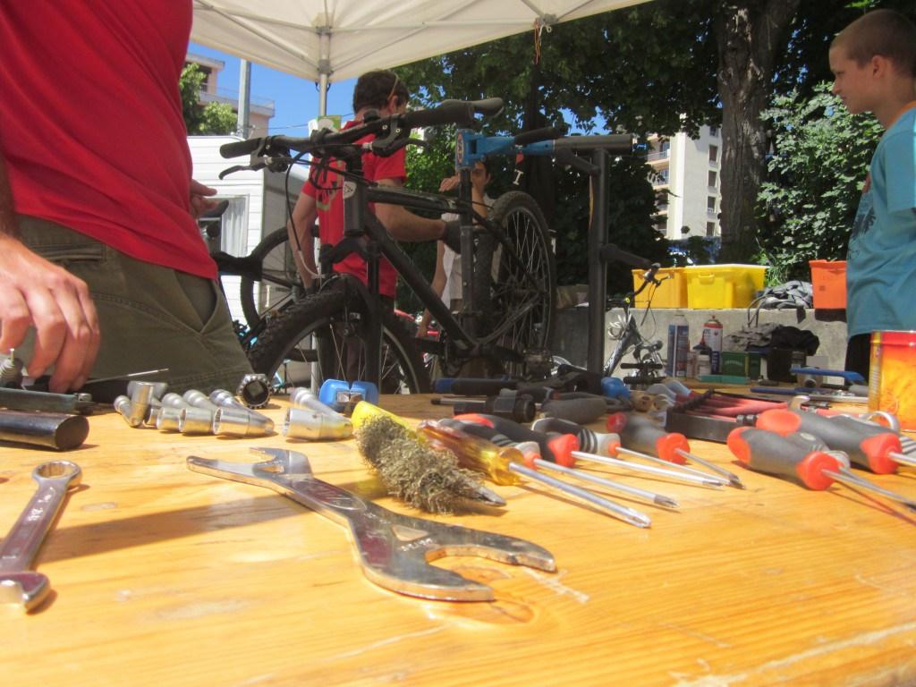Bike Reparation Class, France