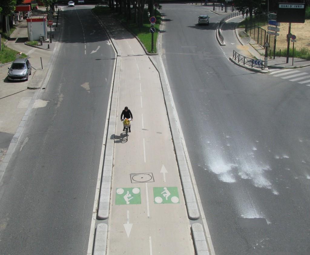 Two lane bike path