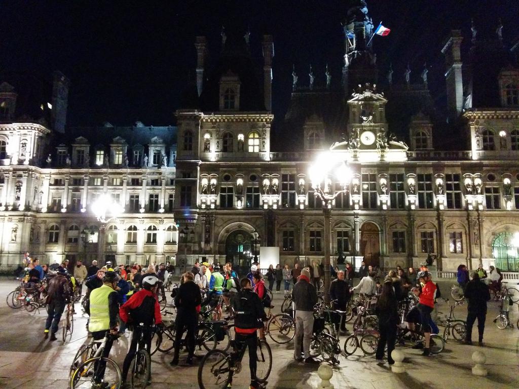 Group Biking in Paris, France