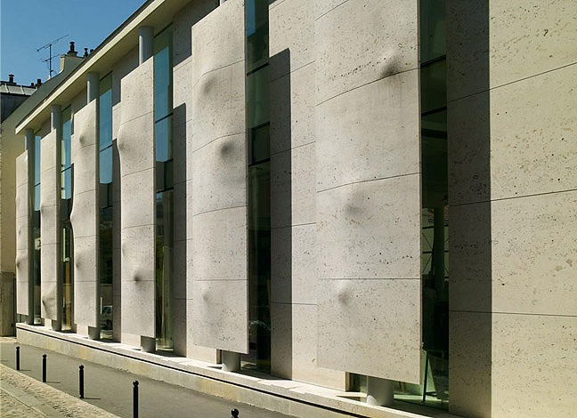 School of Fine Arts, Versailles, Modern Concrete Facade by 3d Pierre