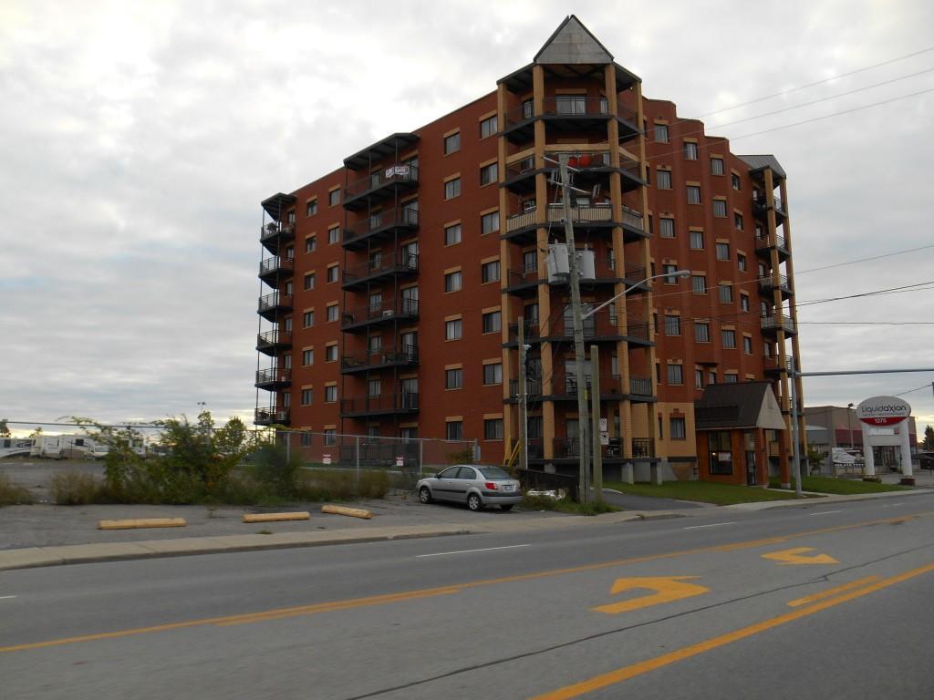 Laurentides Boulevard, Laval, Quebec, Canada apartment building