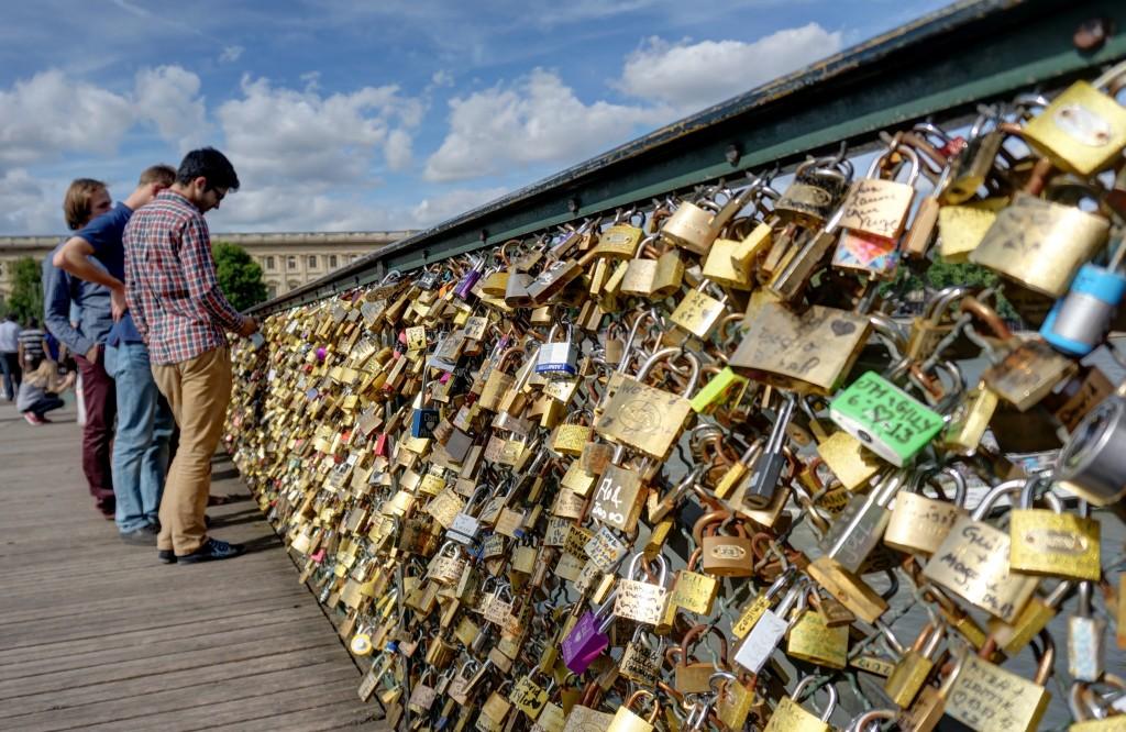 Love locks Pont des Arts, Paris, France