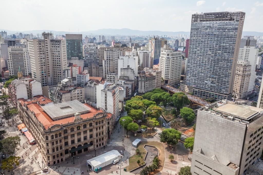 Praça dos Correios, no centro velho, São Paulo, Brazil