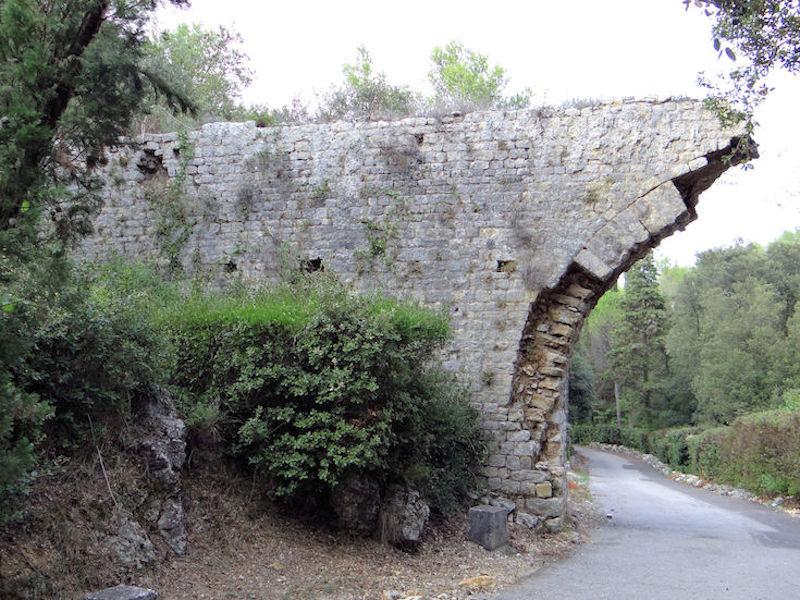 Aqueduc, Antibes, France