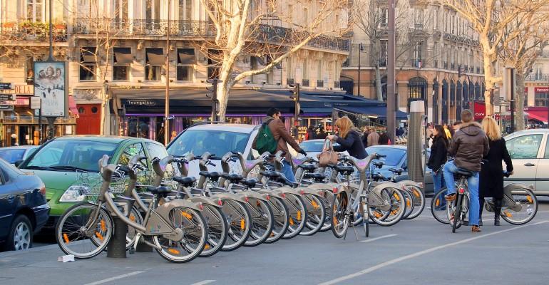 Bouches-du-Rhône Council's Cycling Plan Focuses on Recreation, Not Commuters