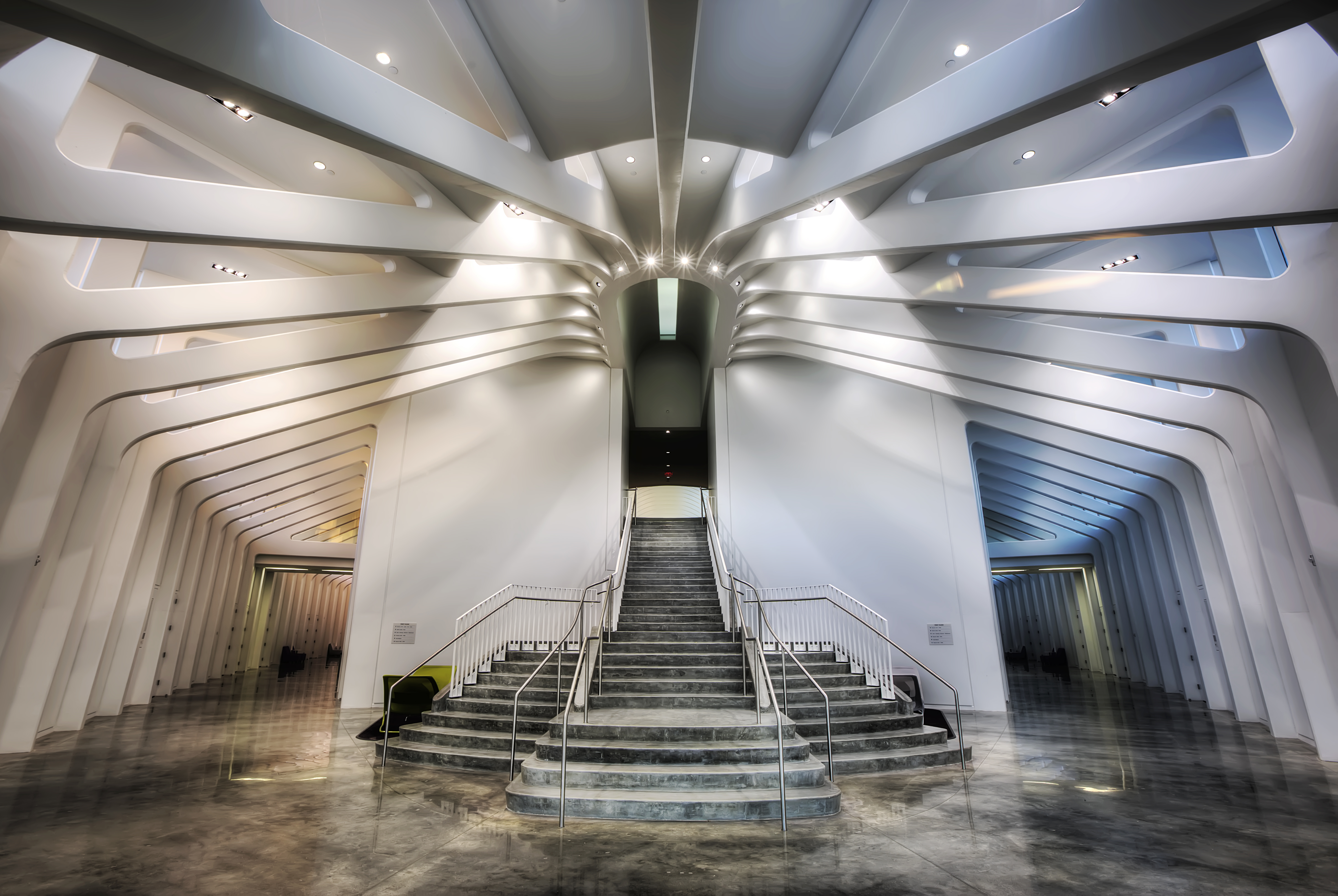 Image of FPU's central staircase and parallel hallways located in the Innovation, Science and Technology building